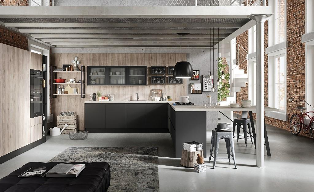 Cucina stile industrial con boiserie in legno