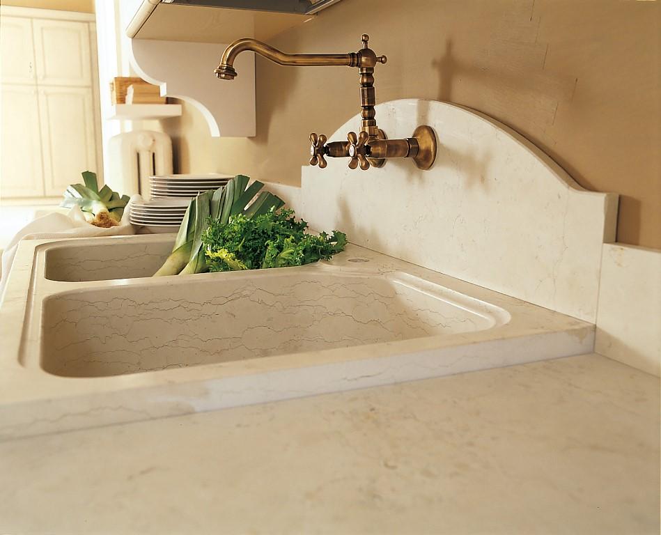 Particolare lavello in granito